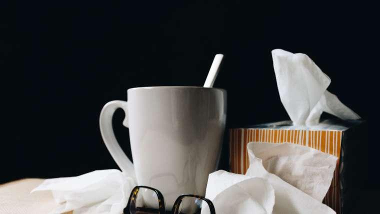 Rechtenvrije foto van het uitzicht van iemand met de griep.